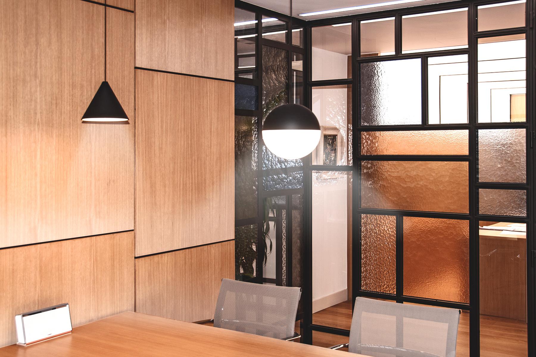 lámparas techo y vidriera